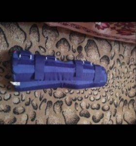 Фиксатор ноги послеоперационный