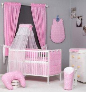 Комплект постельных принадлежностей в кроватку