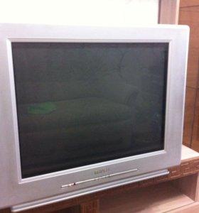Телевизор Philips, диагональ 81