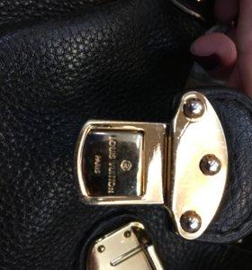 Сумка Louise Vuitton