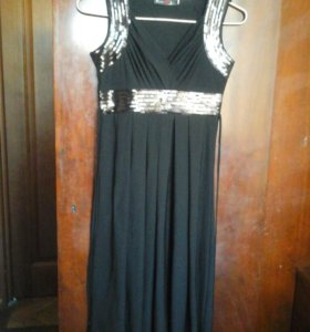 Вечернее платье черный  размер м