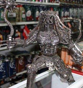 Чужой статуэтка из железа