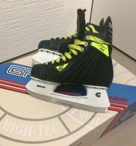 Хоккейные коньки Graf