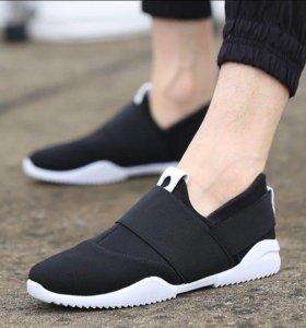 Новые кроссовки, унисекс