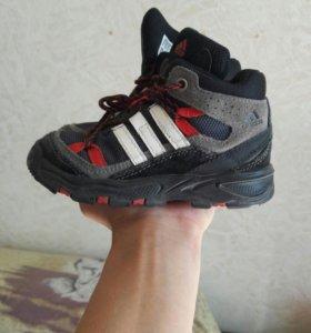 Ботинки Адидас ( оригинал)