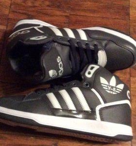 Кроссовки зимние Adidas Y-8 (41-45р)