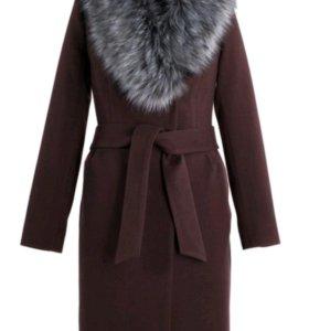 Пальто утепленное новое