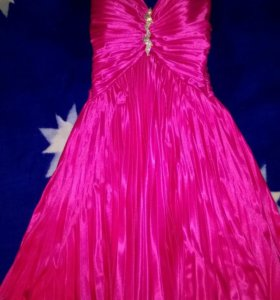 Очень красивое платье!