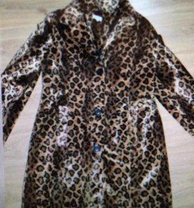 Плащ пальто под леопарда размер 46