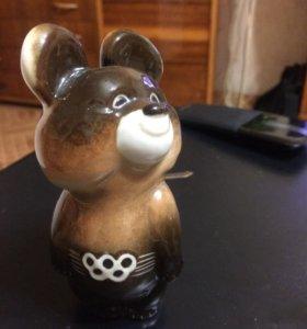 Олимпийский мишка СССР 1980