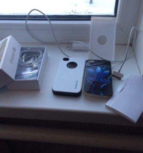 Продам  iPhone 4S 16 g