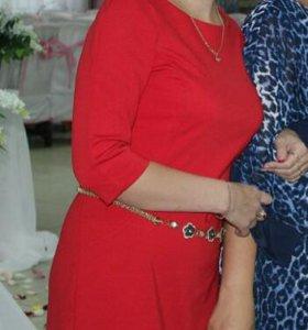 Продам платье Zarina