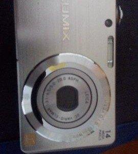 Продам телефон и цифровой фотоаппарат.торг при осм