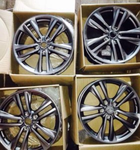 Продам новые литые диски R 18 89250566836