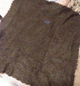 Вязанные платки и варежки