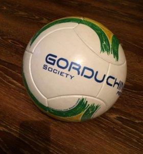 Мяч с бразилии