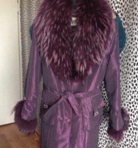Пальто зимнее , на подкладке из меха кролика