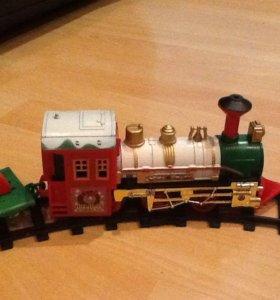 Новая новогодняя железная дорога с музыкой.