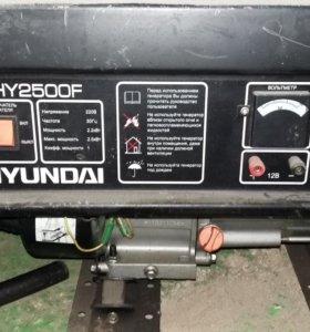 Бензиновый генератор хундай 2,5 кВт Hyundai