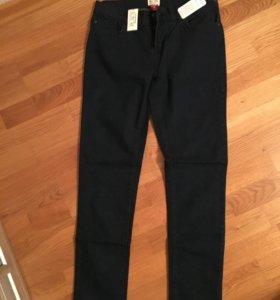 новые джинсы на 14лет