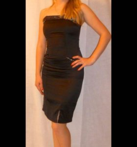 Платье  коктейльные , чёрное  со стразами