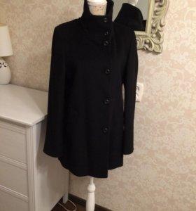 Новое пальто Alessandro Manzoni
