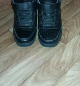 Кроссовки - ботинки