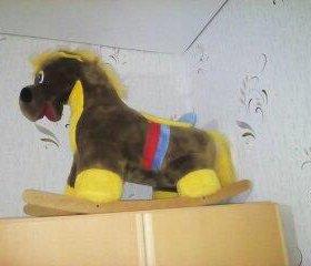 Продается детская лошадка-качалка