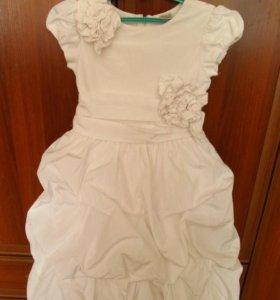 Платье праздничное 130-140