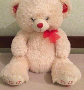 Плюшевый медведь, большой, поющий