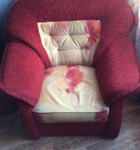 Диван раскладной, и кресло