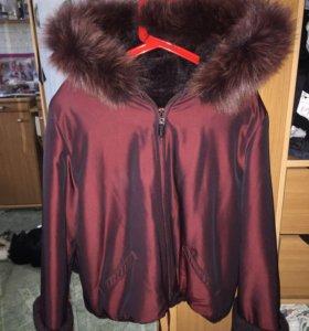 Зимняя куртка на меху и капюшон с нат.мехом