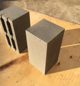 Пескоцементные блоки (стеновые)