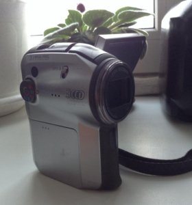 Видеокамера Panasonic sdr s-150.
