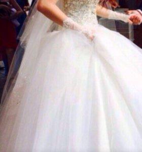 Свадебное платье Цвет Айвори 2016г
