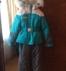 Продаю  детский   горнолыжный костюм на 4-6 лет