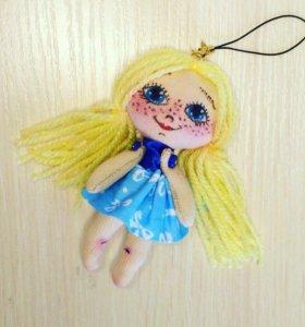 Брелок-кукла