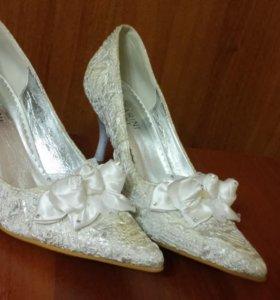 Туфли свадебные (новые)