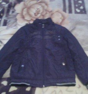 Осенняя мальчиковая куртка.