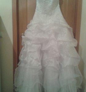 Платье свадебное красивое на шнуровке