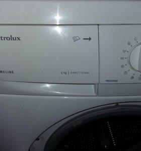 Машинка автомат электолюкс