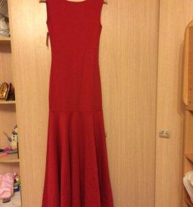 Платье в пол с открытой спиной!