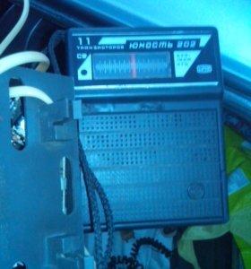 Радио приемникт