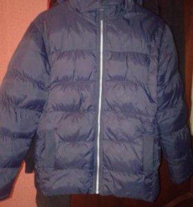 Куртка зимняя, на мальчика  9-12лет