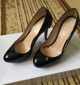 Потрясающие туфли