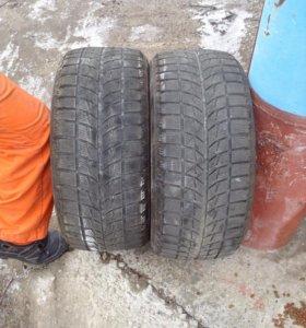 Резина зимняя ,bridgestone 225/50 R16 2 шт.