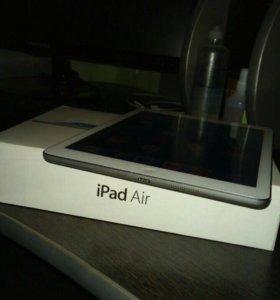 Apple iPad Air 32Gb (Wi-Fi, 4G)