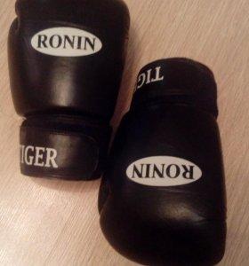 Боксёрские перчатки RONIN