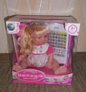 кукла умняшка с планшетом
