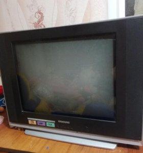 Телевизор.б/ у 5 лет